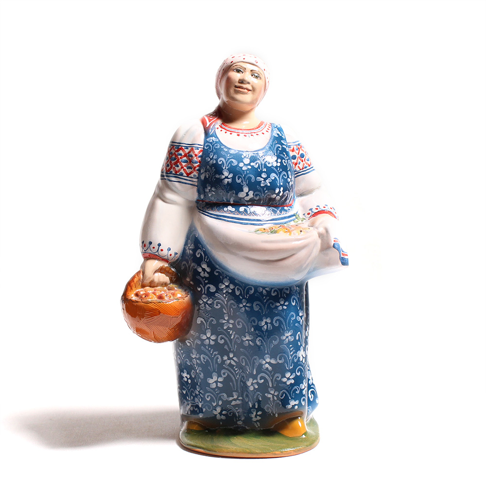 Сувенирная кукла «Барышня скорзинкой»
